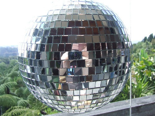 Disco Ball/Mirror Ball (12″, 24″)