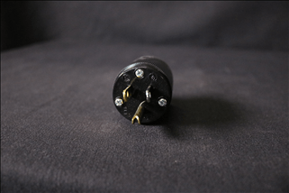 L6-20 Twist Lock Plug, Black 250v